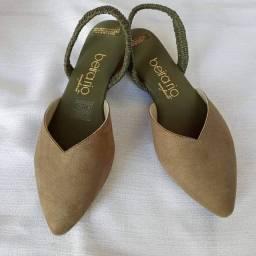 Sandália mule verde musgo