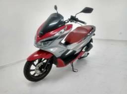 Moto Honda PCX  com 4.000 km rodados