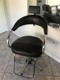 Título do anúncio: Cadeira de cabeleireiro