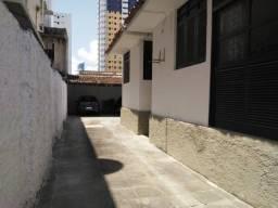 Título do anúncio: Casa Comercial com 3 quartos e 2 suítes. Ótima localização!!!