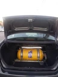 Fiat Siena 1.4 com gnv - 2013