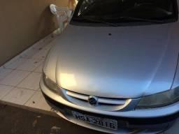 Gm - Chevrolet Celta - 2002