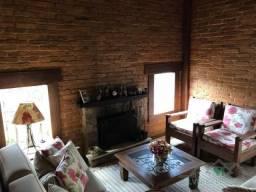 Casa à venda com 3 dormitórios em Siméria, Petrópolis cod:1553