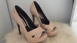 Sapatos lindos Carmen Steffens