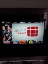 TV LCD 32 Pol. marca AOC semi nova