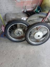 Aros completos pneu da frente novo