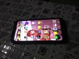 LG Q6+ celular top