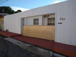 Casa no Conjunto Ajuricaba para Alugar, 2 Dormitório Climatizado