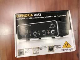Behringer U-Phoria UM2 2x2