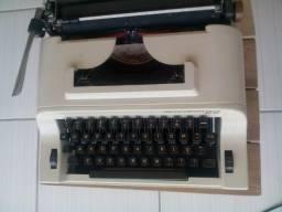 Máquina de Escrever Sperry Remington 22