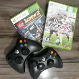 2 Controles Xbox 360 originais e 2 Jogos originais