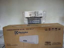Ar condicionado tipo split Eletrolux 9000 BTUs