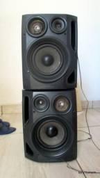 02 caixas de som aiwa