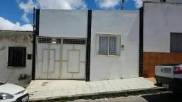 Aluga casa 3 quartos Guarani