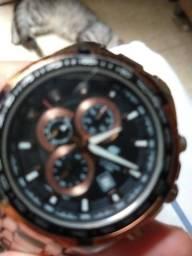 Vendo um relógio Casio bem conservado