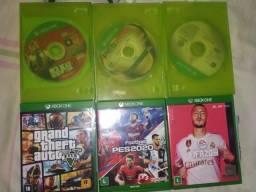 Xbox One S + jogos +HD externo 2tb + cooler