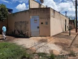 Casa individual, 1 quarto, sala, cozinha, banheiro e lavanderia, varanda, Bairro Guanandy