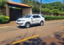 Toyota Hilux SW4 ano 2015