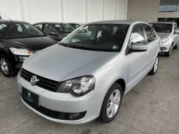 Volkswagen Polo Sedan 1.6 MI Conf - gnv