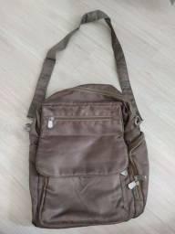 Título do anúncio: Bolsa tira colo e mochila Pallas
