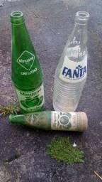 Título do anúncio: 3 garrafa vidro antiga