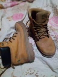 Título do anúncio: yellow boot número 39 em perfeito estado de conservação