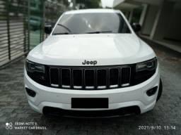Título do anúncio: Grand Cherokee Limited 3.0 v6 Diesel 4x4 - Blindada - 40mil em Acessórios - 2014