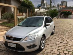Ford Focus 1.6 GLX Prata 2011/2012