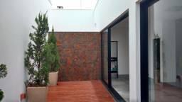 Linda casa nova no bairro copacabana