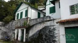 Casa à venda com 3 dormitórios em Valparaíso, Petrópolis cod:2033