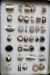 Lindos anéis folheados à pronta entrega, garanta já o seu ?