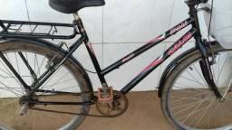 Vendo bicicleta só o luxo e barata 180 entrego.