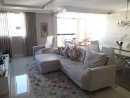 Itaigara- Apartamento 4/4, sendo 2 suítes com 2 vagas - 132m2 - Nascente