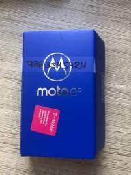 Vendo Cell Motorola motoe6