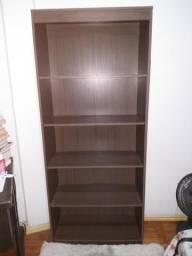 Vendo uma estante