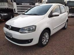 Volkswagen Fox Highline 1.6 Flex 2011/2012 - 2012