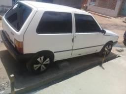 Uno ano 2000 filé jogo de roda vendo ou troco em outro carro com torna da sua torna - 2000
