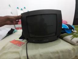 Estou doando um TV só vir busca