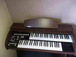 Órgão Accordes AX100 Com a capa