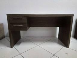 Mesa com gaveta para escritório