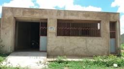 Casa a venda por tras churrascaria Cariri