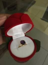 Vendo anel lindo ouro 18k