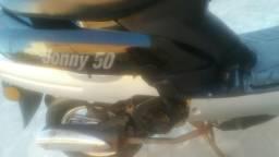 Moto shineray jhony 50cc 2.300 reais - 2014