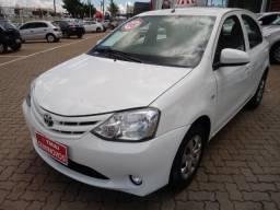 Toyota Etios HB X - 2016