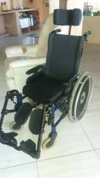 Excelente cadeira de rodas
