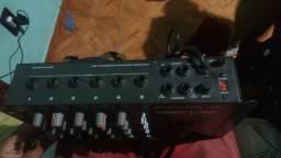 Potencia 800 watts de som + mesa de som 6 canais