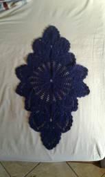 Caminho/trilho de mesa em crochê