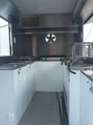 Trailer foodtruck lanche cachorro quente pastel