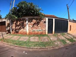 Casa com 3 dormitórios à venda, 159 m² de área construida por R$ 280.000,00 - Jardim Color