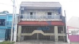 Excelente e amplo sobrado à venda com 3 quartos na rua Gabriel Ribeiro no Sitio Cercado, c